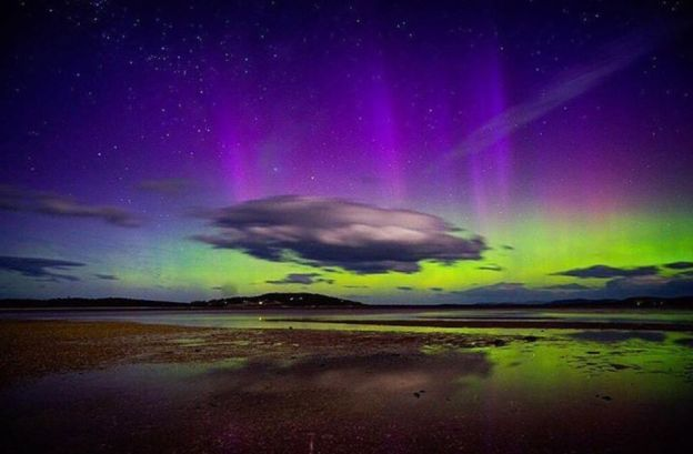 Theresa Ockenden.  Tasmania's Southern Lights.