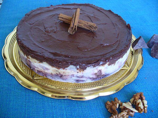 Torta fredda noci ricotta e crema, old fashioned cheesecake
