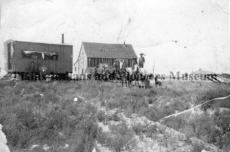 the Baldwin Geddes family and homestead, located 13 miles northeast of Woodward, Oklahoma Territory, in the old Willard community. .