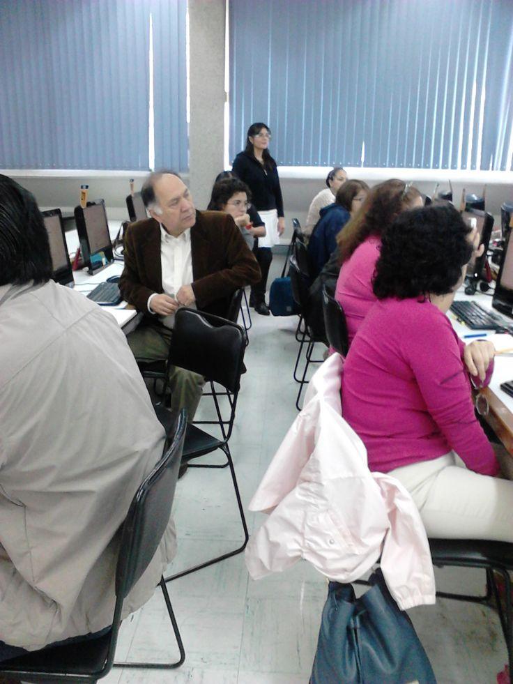 "Microtaller ""Uso de Google Drive"" a profesores de la ENTS, UNAM. (Agosto de 2014)."