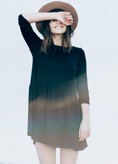 Robe noire, Fedora, Camel... - Tendances de Mode