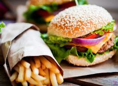 These seven healthy fast food meal swaps help keep your diet on track but still allow you the convenience and flavor of your favorite fast food restaurants.