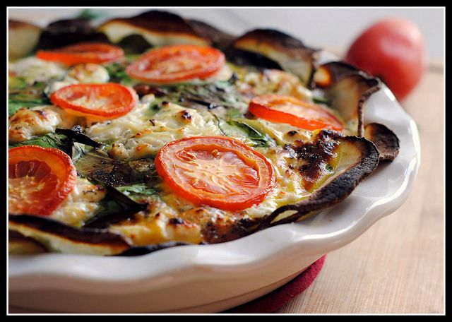 Low Carb Goat Cheese, Spinach, and Tomato Quiche
