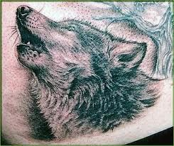 Detailed  howling wolf tattoo
