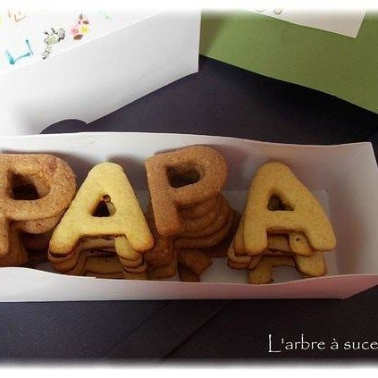PAPA cookies  #papaandmom #papa #dad #daddy #father #baby #teen #mama #mommy #papaandbeer #love #fun #instalike #follow #like4like #tagsforlikes #follow4follow #l4l #f4f #followher #followhim7