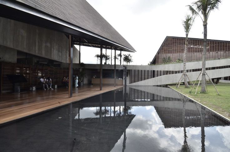 http://www.arsitekturindonesia.org/arsip/proyek/detail?oid=10