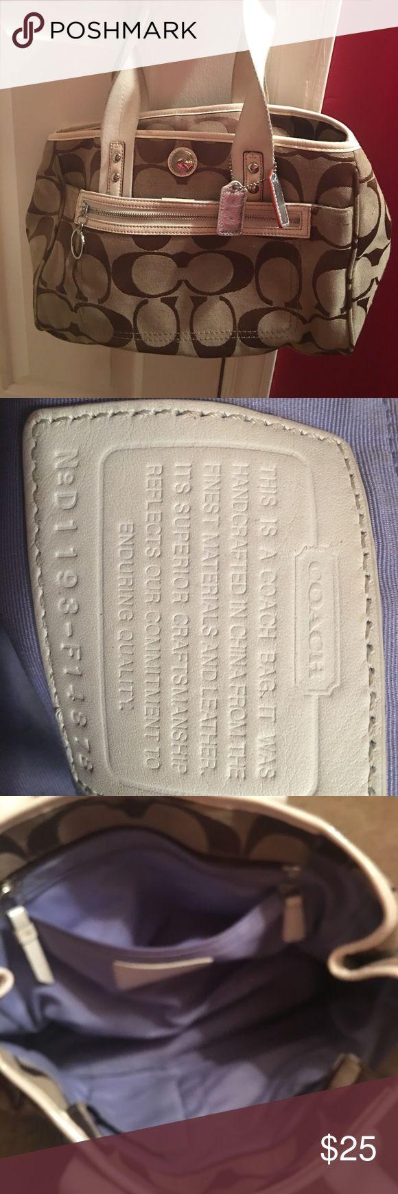 Coach Purse Cute clean coach purse Coach Bags Shoulder Bags