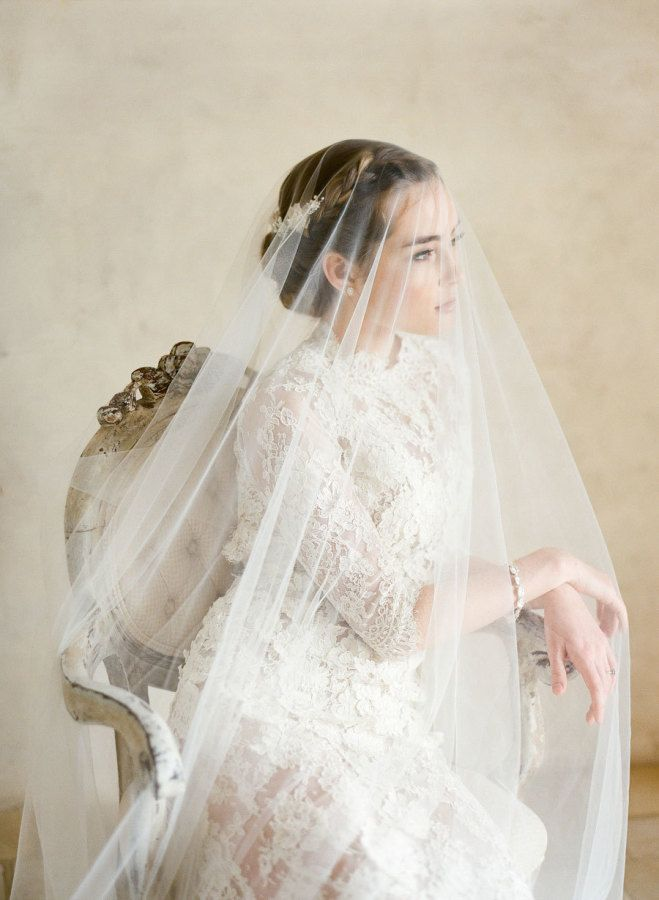Gorgeous bridal portrait: http://www.stylemepretty.com/2016/01/22/elegant-ethereal-wedding-inspiration-bel-aire-bridal-giveaway/ | Photography: KT Merry - http://www.ktmerry.com/