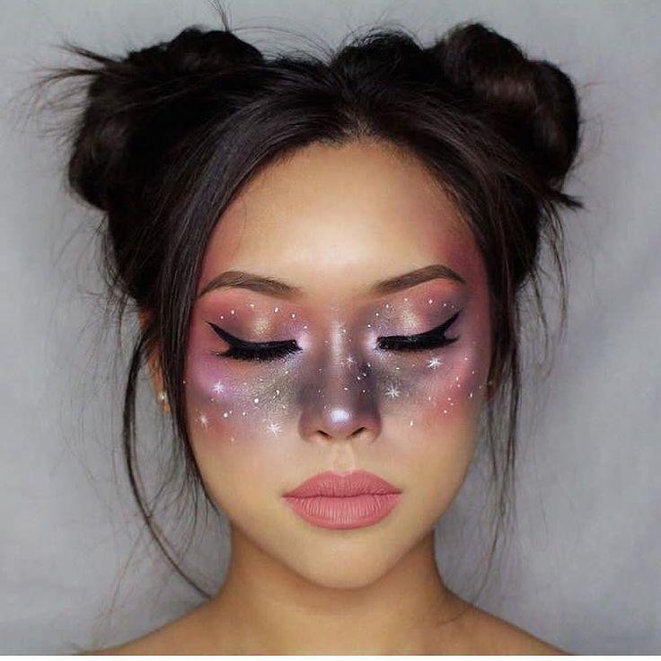 Et si pour Halloween on tentait un make up (discret) galaxy ? Découvre toutes …