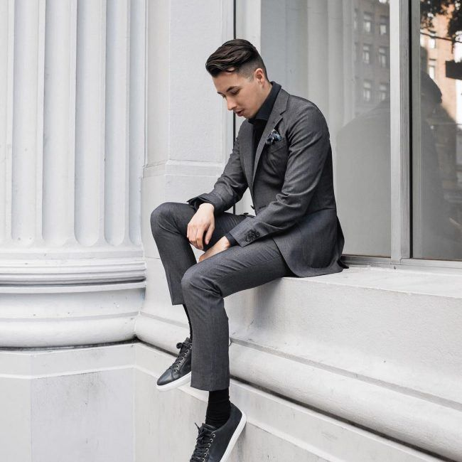 Men's Black Jeans Outfits: 7 Ways To Wear The Most Versatile