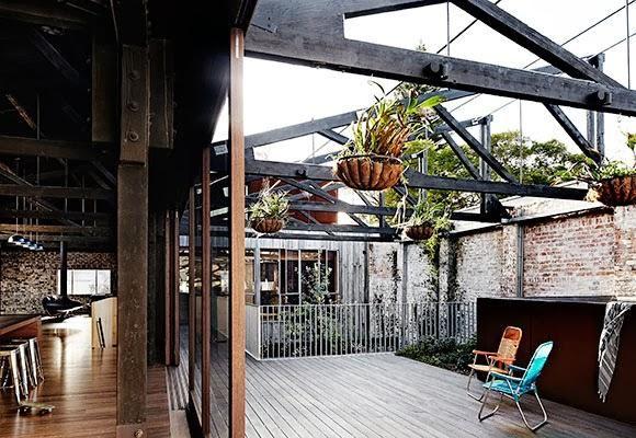 ouah !!! une terrasse sous les toits!!!!!