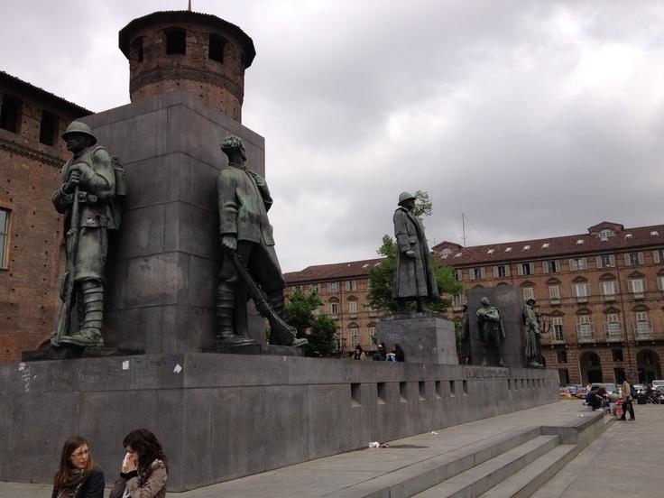 Monumento ai Caduti della Prima Guerra Mondiale - Piazza Castello, Torino