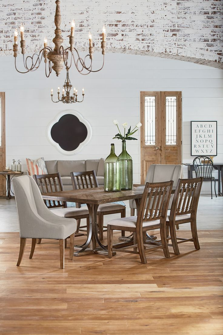 Traditional Table With 4 Revival Side Chairs And 2 French Host