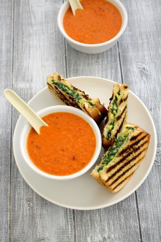 Roasted red pepper soup recipe - easy to make healthy red bell pepper soup recipe. Soul satisfying soup for winter season made with minimal ingredients.
