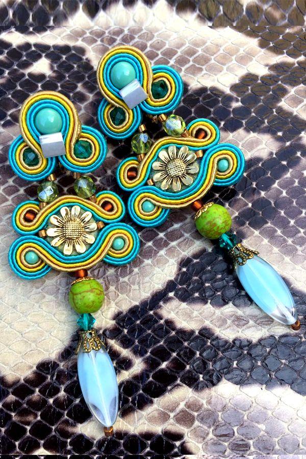 Resort chic: Granada must-have earrings to pack.....  #doricsengeri #resortwear #turquoiseearrings #floralearrings #springtrends
