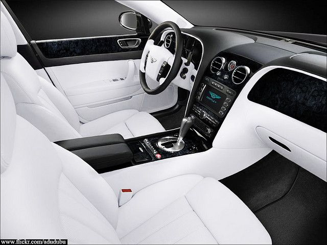 Bentley Continental Flying spur extreme white interior