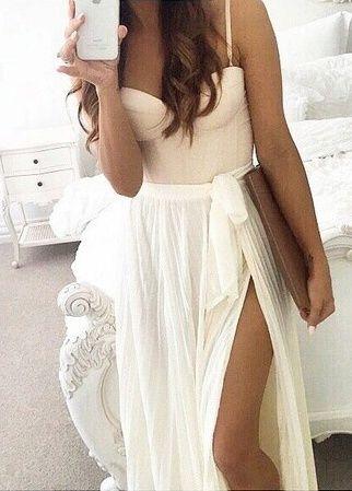 love this maxi white slit skirt