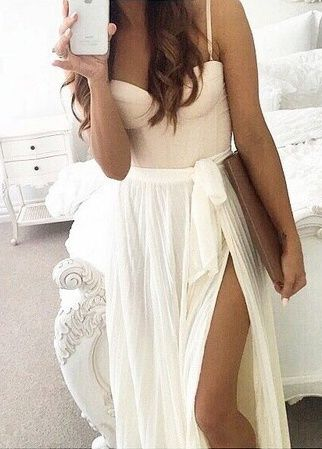 17 Best ideas about Slit Skirt on Pinterest | Black women fashion ...