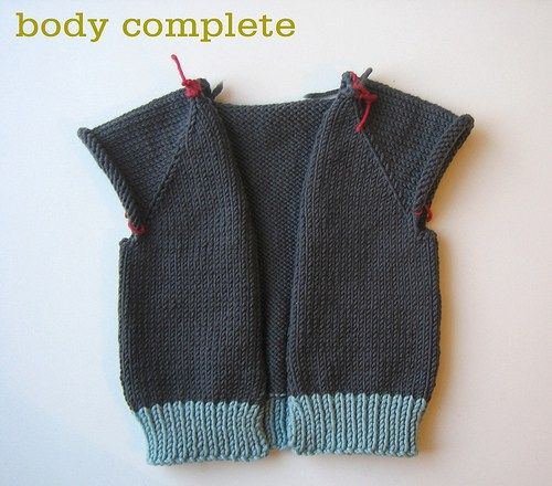 Sweater Techniques Series   >   Gramps Baby Cardigan 4/6 : Top-Down Sweater Construction: Body and Arms Band    /   TCK