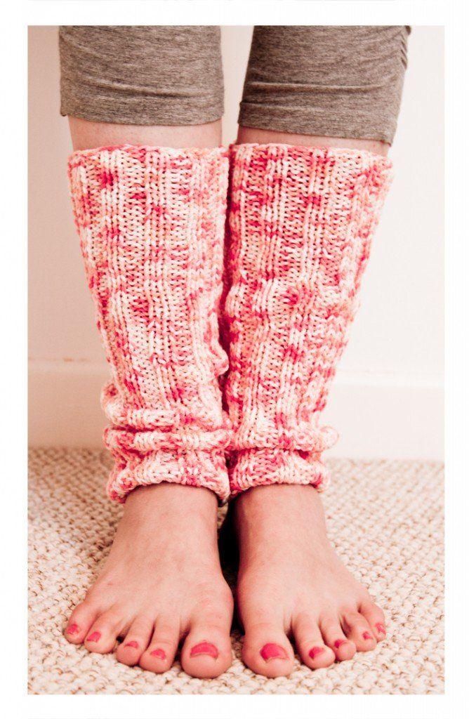 Free Knitting Pattern - Legwarmers: Yoga Leg Warmers