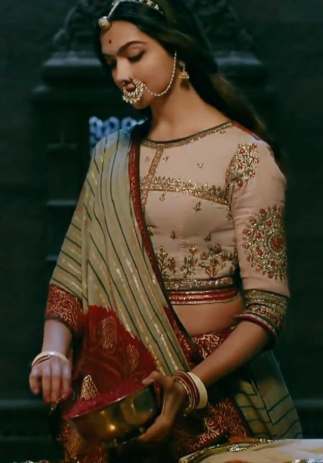 Beautiful Deepika In Padmaavat Embroidery Blouse Saree Blouse Designs Blouse Design Models