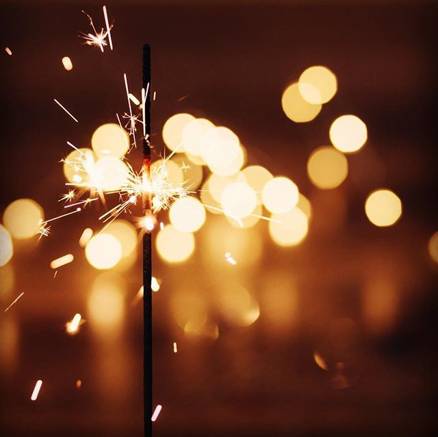 Are you getting ready for New Year's Eve already? What is your New Year's resolution? #happynewyear #newyearseve #newyear #newyearseve #newyearsresolution #silvester #makeawish #gold #accessories #earringstagram #bikini #flamigas #online #dress #sparkle #sparklers #night #lights #mexico #munich #wunderkerzen #funkeln