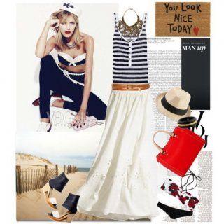 Белая юбка-макси с цветочной перфорацией и широким коричневым поясом в сочетании с топом морской тематики, кожаным коричневым ожирельем, красной сумкой и босоножками бело-чёрных тонов на танкетке