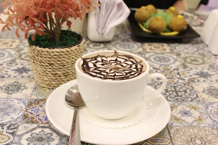 Spanish Hot Chocolate at The Grandmama's Cafe, Dadar East