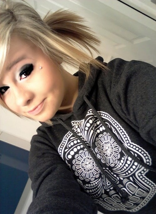 anti eyebrow omg cute I am just undecided about getting a dermal on my face!