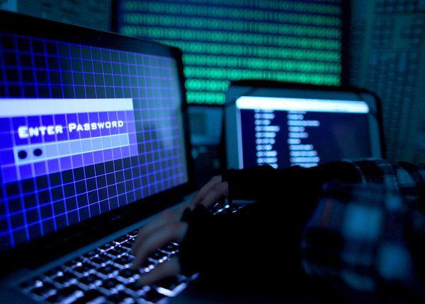 Unbekannte Hacker sollen bei Russlands Zentralbank einen Millionen-Betrag gestohlen haben.