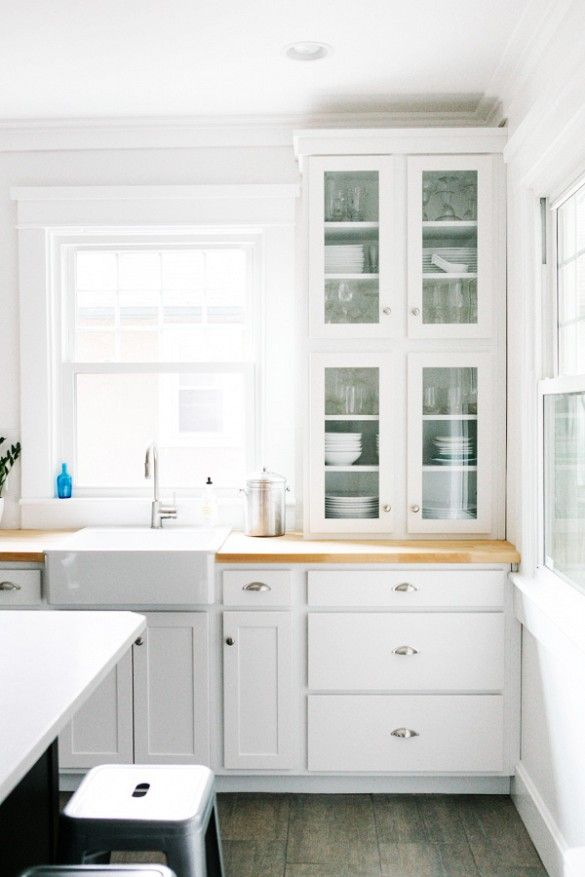 Before and After: A Simply Chic Traditional Kitchen Renovation via @domainehome