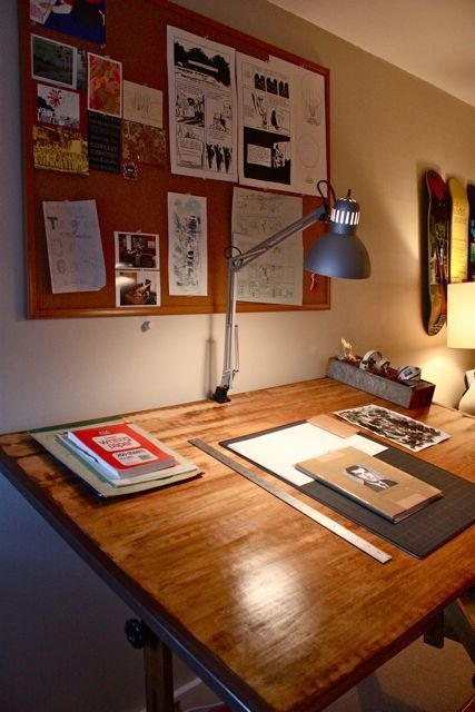 Oh, please let me have this drafting table.  The wood is incredible!!! I'm lusting...