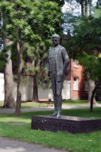 Hämeenlinna, statue of Finnish national composer Jean SIBELIUS 1865-1957