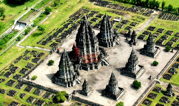 Unique history of the discovery of Prambanan temple  in Yogyakarta