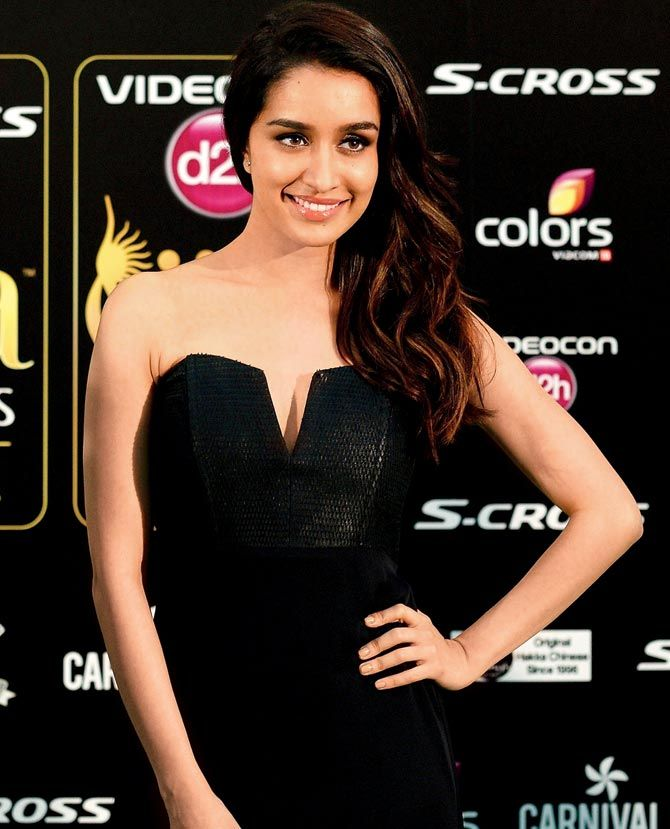 Shraddha Kapoor at the green carpet of #IIFAAwards2015 in Malaysia.