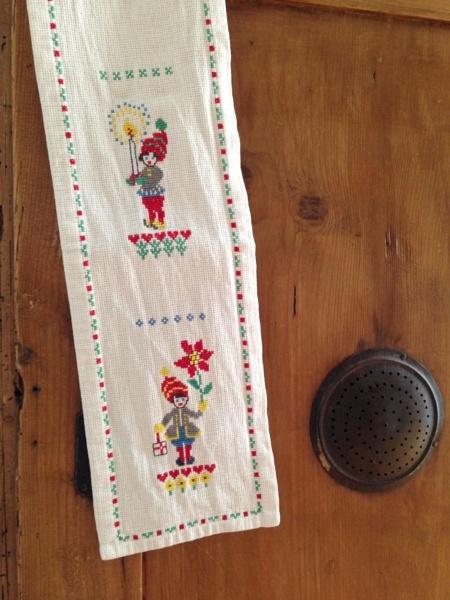 アンティークテーブルライナーセンタークロス北欧イッタラ インテリア 雑貨 家具 Modern scandinavian tablecloth ¥2800yen 〆05月02日