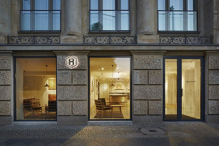 Our Berlin showroom is now officially open for business! A two-day private launch event introduced Berlin's architects, designers, specifiers and press to the Havwoods concept: exciting products, exceptionally knowledgable staff, and service which is always a step or two above the rest.