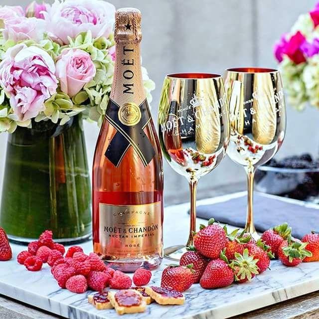 С юбилеем открытки с шампанским