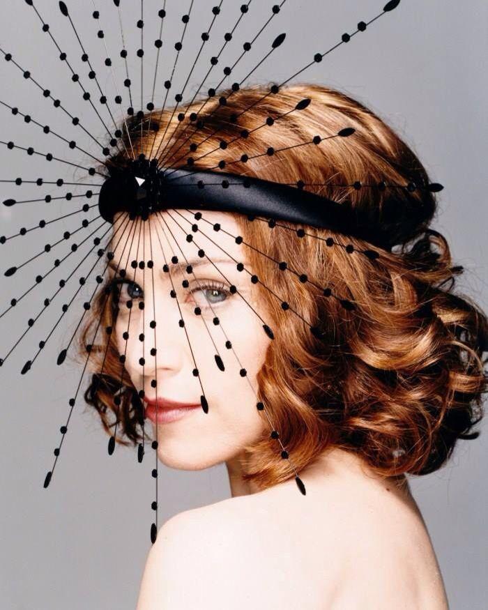 Tocado de Philip Treacy en forma de estrella para #Madonna                                                                                                                                                     More