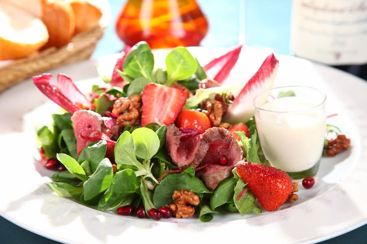 Salad with Rostbeef