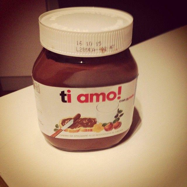 #buonasera #buonanotte #nutella #cioccolata #buona #tiamo #tiamoamoremio #tiamotanto #soddisfatto #solocosebelle #solocosebuone #live #love #hot #happy #happiness #italia #insieme #instapopular #iphonesia #felice #f4f #amore #amare #passione #forever