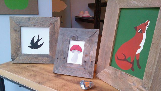 Cornici fatte a mano con legno di recupero. bottegadallatasca.com