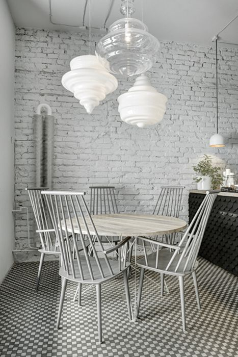 DESIGN CAFE | Cool bistrot design in Prague, Phill's Twenty7 | ITALIANBARK