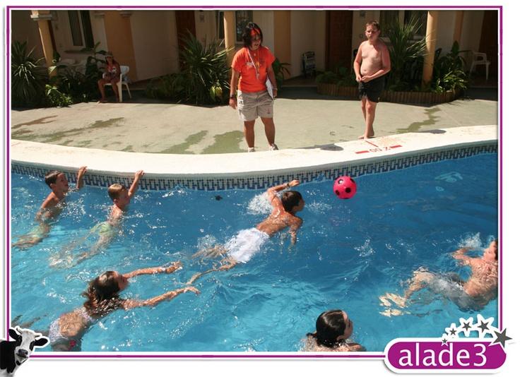 Water Polo infantil. Animación Turística.  www.alade3.es