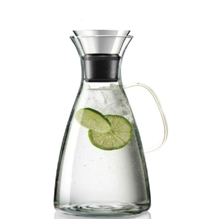Our+elegant+and+modern+large+capacity+glass+pitcher+can+be+used+to+serve+both+hot+or+cold+beverages!+Composed+of+high+quality+borosilicate+glass,+our+simple+design+and+transparent+pitcher+allow+you+to+clearly+see+the+tantalizing+beverage+it+contains.+The+perfect+option+for+hot+tea,+iced+tea,+fruit+infused+water,+coffee,+punch,+sangria,+and+for+decanting+wine…