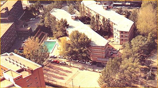 Colegio Mayor Chaminade de Madrid, de Luis Moya