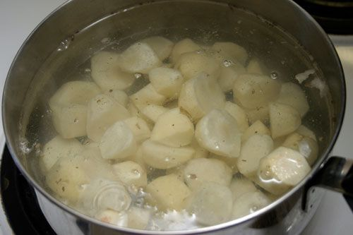 Jerusalem Artichoke Soup - with tips on taking the flatulence out of this veggie