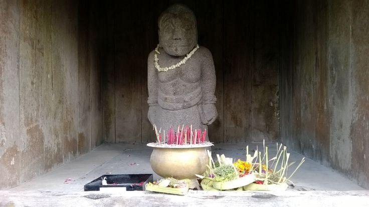 Salah satu patung di Candi Cetho, Karanganyar, Jawa Tengah #indonesia #budaya