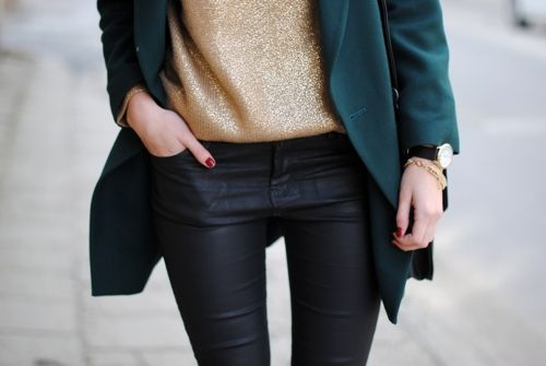 //: Light Pink Blazers, Fashion Outfit, Colors Combos, Green Blazers, Street Style, Black Gold, Leather Legs, Leather Pants, Glitter