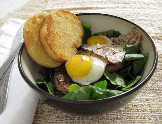 Sausage, Spinach, and Quail Egg Breakfast SaladBreakfast Eggs, Quails Eggs, Eggs Salad, Eggs Breakfast, Brunches Recipe, Breakfast Recipe, Breakfast Salad, Cooking Blog, Egg Breakfast
